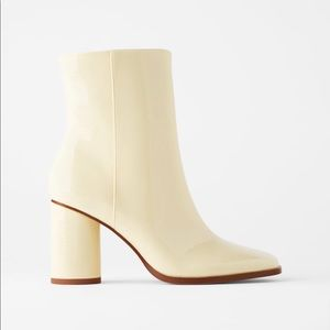 NEW!!! Zara OffWhite Patent Leather Boots